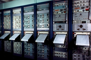 "U.S. Naval Observatory Master Clocks in Washington, D.C.Did you know that the U.S. Navy has control over our time-keeping (referred to as timescale) with massive and highly intricate atomic clock interconnect system? Adjustments to ""the time"", all-be-it in tiny portions, are done routinely, but since all atomic clocks are under control of secretive government agencies, there is no way for the public to know. As the days lengthen as Planet X nears, these clocks will be adjusted to keep the public clock in denial."